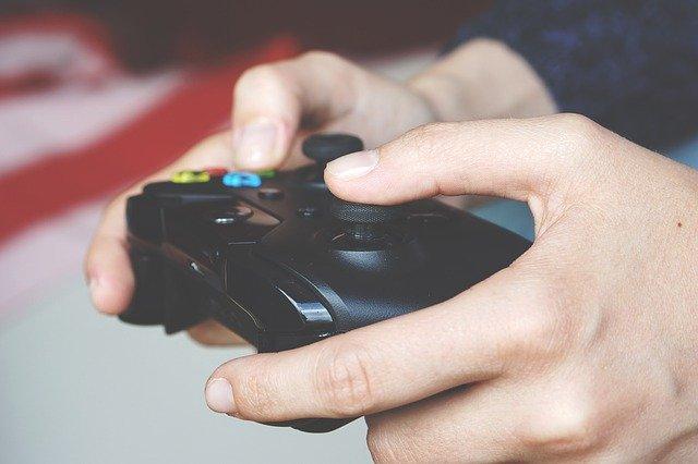 """Electronic Arts (EA) nedajú dopustiť na svoje """"lootboxy"""""""