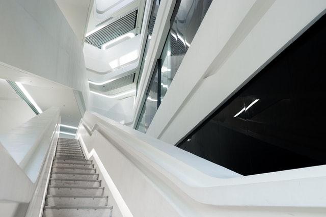 veľa schodov.jpg